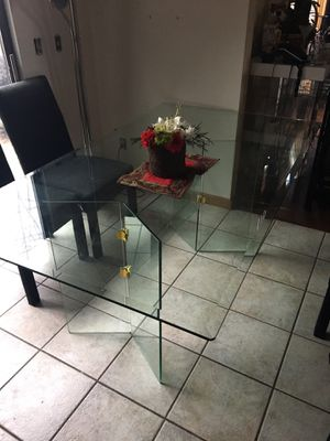 Dining Glass Table for Sale in St. Louis, MO