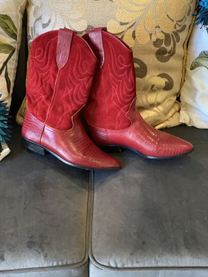 Women red leather cowgirl boots size 8 for Sale in Concord, CA