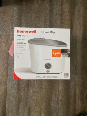 Honeywell Warm Mist Humidifier 1.3 Gallon for Sale in Grand Rapids, MI
