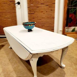 SWEET SOLID MAHOGANY DROPLEAF COFFEE TABLE for Sale in Auburn, WA