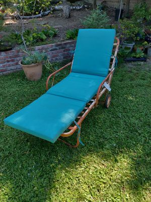 Vintage metal shabby chic chaise lounge patio chair for Sale in Sacramento, CA