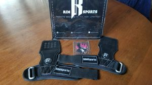 Weight Lifting Gloves for Sale in Oroville, CA