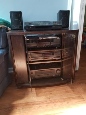 Kenwood Stereo system with cabinet for Sale in Clayton, NC