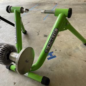 Kurt Kinetic T-699C Fluid Indoor Bike Trainer for Sale in Smyrna, GA