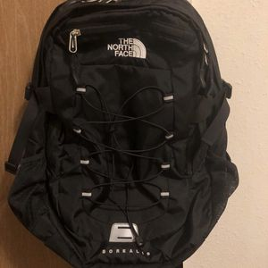 The North Face Backpack , Pd Over $90 for Sale in Arvin, CA