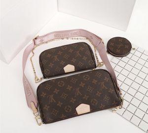 Pink strap purse for Sale in Anaheim, CA