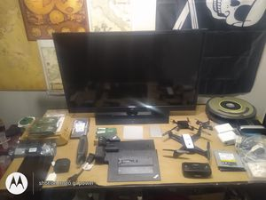 Lot of electronics for Sale in Northglenn, CO