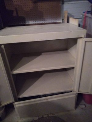 2 metal storage cabinets for Sale in New Bern, NC