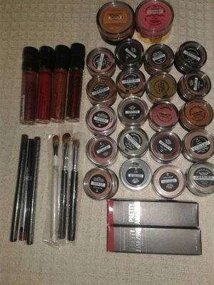 Bare Minerals Makeup!!! Brand New. Great Prices!!! for Sale in GLOUCSTR CITY, NJ