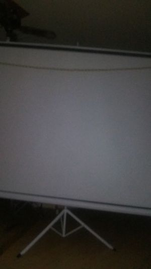 Hasgia HD projection screen for Sale in Modesto, CA