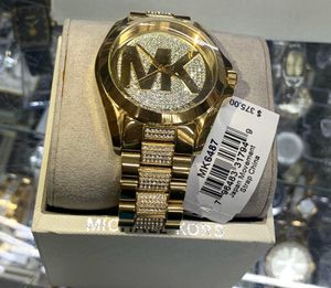Women's MK watch with box and papers for Sale in Brooklyn, NY
