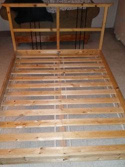 Wood Bed Frame for Sale in Fontana,  CA