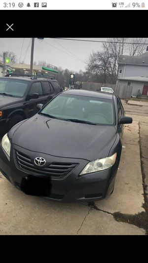 2009 toyota camry for Sale in Davenport, IA