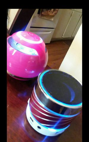 Speakers Bluetooth /aux for Sale in Jacksonville, FL