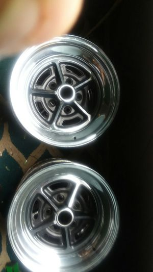 4 chrome and black rims 5 bolt pattern for Sale in La Crescent, MN