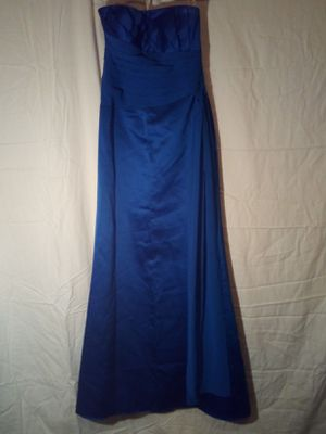 REDUCED PRICE!! David's Bridal Formal Prom Dress for Sale in LRAFB, AR