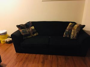 BLACK LOVE SEAT COUCH for Sale in St. Louis, MO