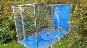 Chain Link Kennel (6' tall X 10' long X 5' wide, with gate) for Sale in Breezy Point, MN