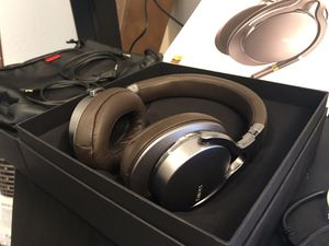 Sony MDR-1A Hi Res headphones for Sale in San Diego, CA