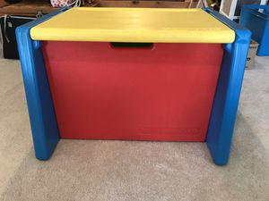 Kids plastic toy box / desk for Sale in Telford, PA