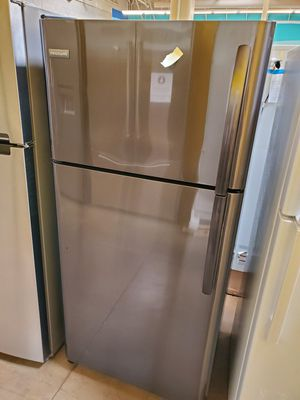 Frigidaire Gray Refrigerator for Sale in Walnut, CA