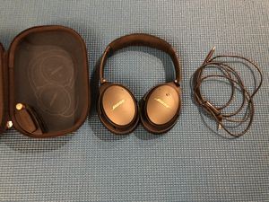 Bose QC25 noise cancelling headphones for Sale in Bellevue, WA