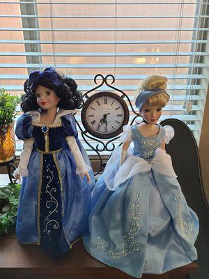 Disney Snow White and Cinderella Brass Key porcelain dolls for Sale in North Las Vegas, NV