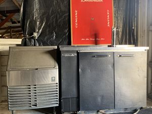 Turbo - Air + Manitowac ice machine for Sale in San Juan Bautista, CA