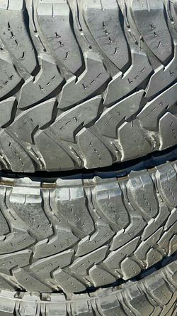 37/1350/20 MONKEY WHEELS AND TIRES for Sale in Phoenix,  AZ