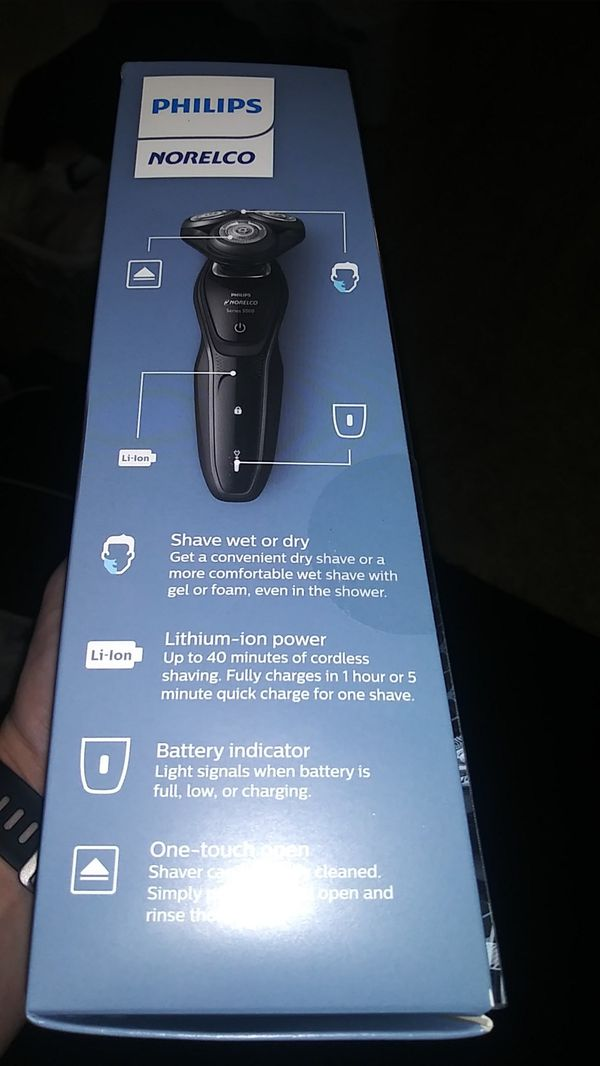Philips Norelco wet dry shaver