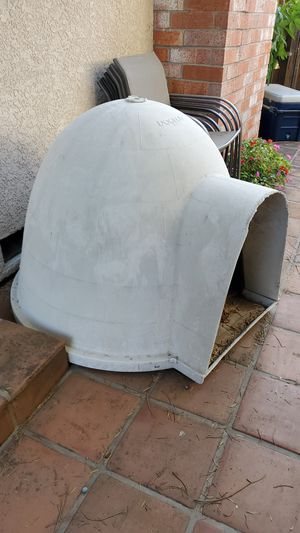 Large Dog Igloo House for Sale in Antioch, CA