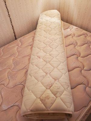 Queen size magnetic mattress pad for Sale in Hemet, CA