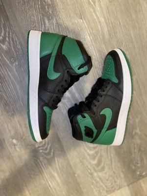 Jordan 1 Retro High Pine Green Black (size 7) for Sale in New York, NY