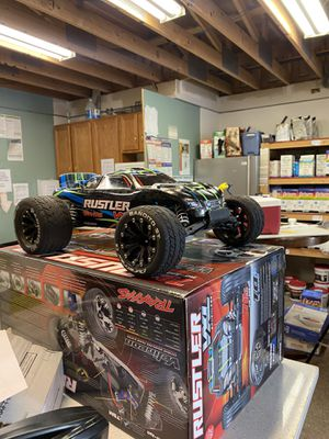 Traxxas rustler Vxl brushless 70+mph for Sale in Bellevue, WA