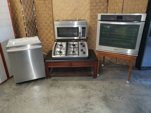 Four Piece Set of Stainless Steel Appliances for Sale in North Las Vegas, NV