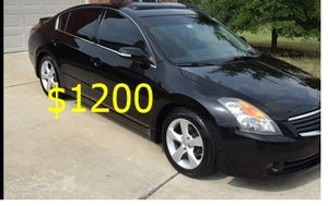 Price $1200 Great shape.2wdWheels 2008Nissan Altima SE for Sale in Columbia, SC