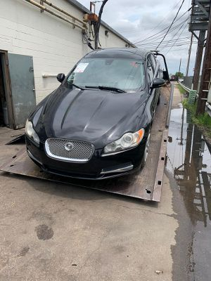 Parting out 2010 JAGUAR XF 4-DR EBONY BLACK for Sale in Irving, TX