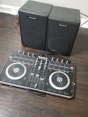 LIKE NEW DJ NUMARK MIXER BOARD & SPEAKERS for Sale in Jacksonville, FL