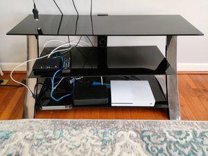 Tv console entertainment glass table for Sale in Stone Ridge, VA