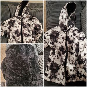 Girls winter jacket size 6/7 from Justice for Sale in Chino Hills, CA
