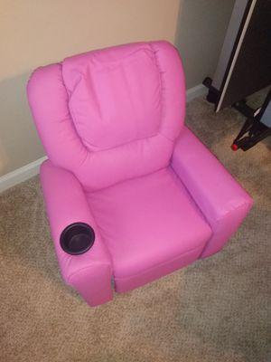 Brand New pink kiddie recliner for Sale in Jonesboro, GA