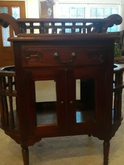 Antique Reproduction Side Table, Display Or Bar for Sale in Austin,  TX