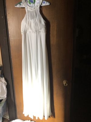 Wedding Dress - David's Bridal Size 6 for Sale in Los Angeles, CA