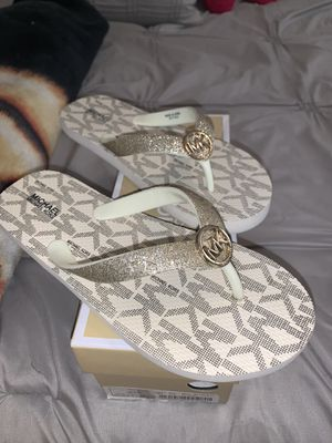 Michael Kors Sandals for Sale in Palmdale, CA