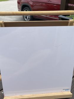 Discovery Kids 3 In 1 Tabletop Easel for Sale in Fort Lauderdale,  FL