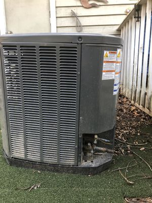 2 Ton Trans outside condenser for Sale in LAKE OF WOODS, VA