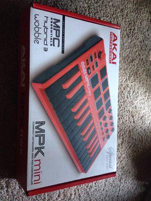 AKAI MPK MINI( SPECIAL EDITION) for Sale in Annandale, VA