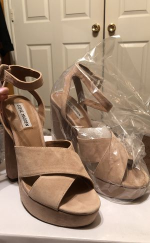 Steve Madden suede pumps for Sale in Dallas, TX