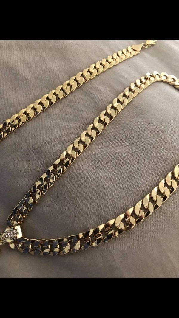 14k gold/silver 10 mm Cuban Chain set with Cross
