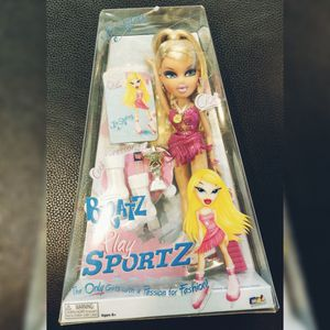 "Bratz Play Sports Ice Skating Cloe 10"" Doll for Sale in Fort Worth, TX"